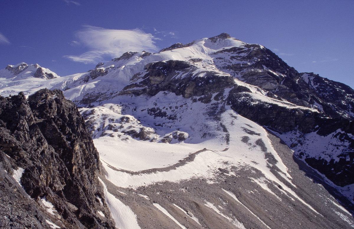 03. Yala Peak Climbing